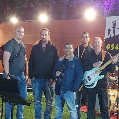 להקת סערת הרוחות – להיטי רוק מוכרים מכל הזמנים